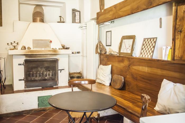 Soggiorno Camino Room | Boggi House